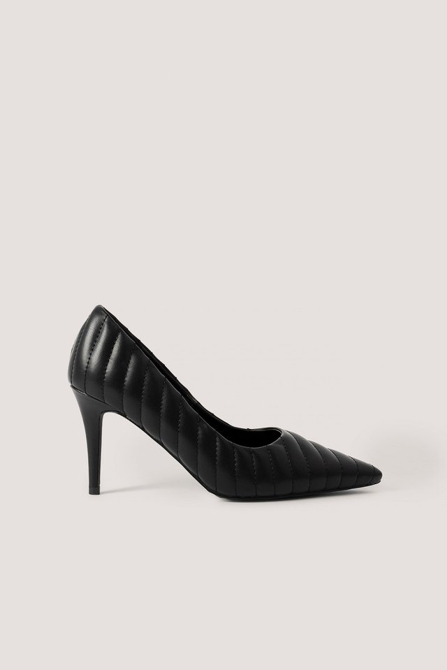 Quilted Pointy Pumps Black