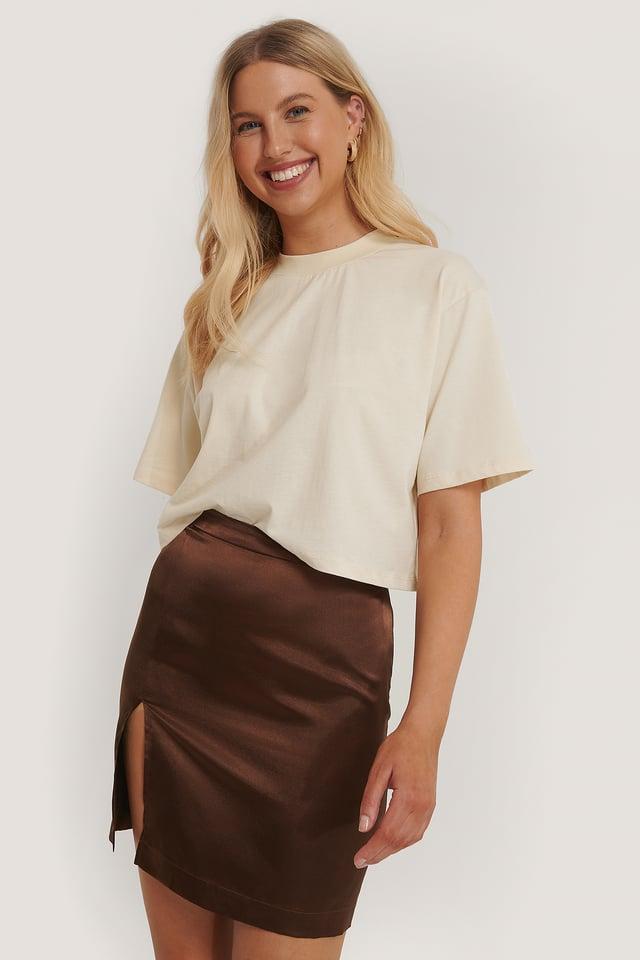 Side Slit Mini Skirt Brown