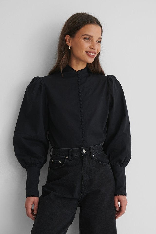 Black Bluse Med Knapper Foran