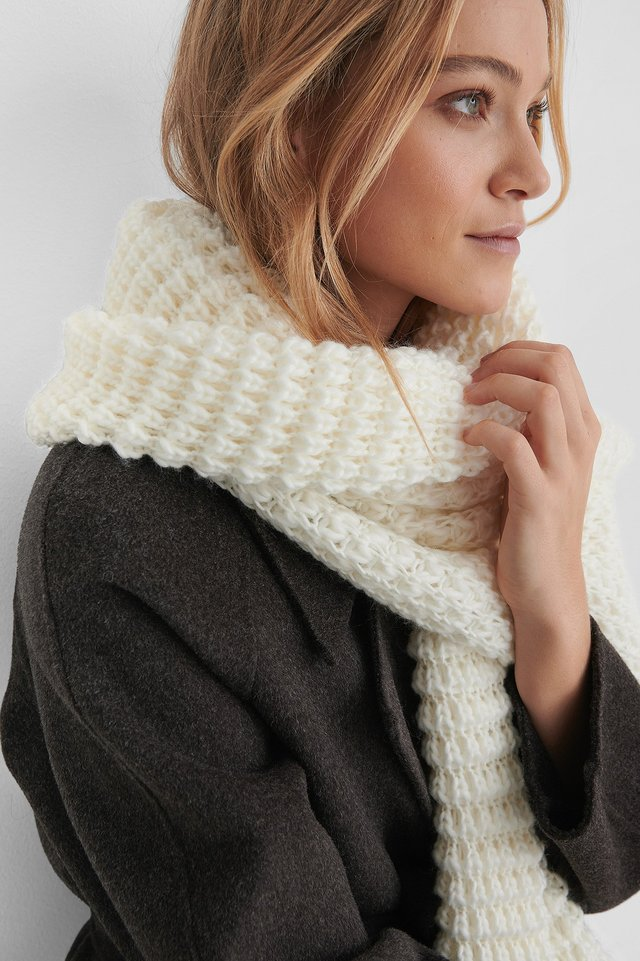 Offwhite Solid Oversize Knit Scarf