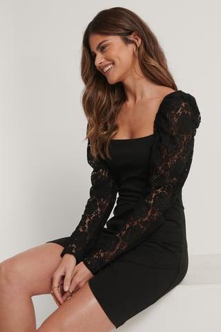Black Überlappendes Kleid