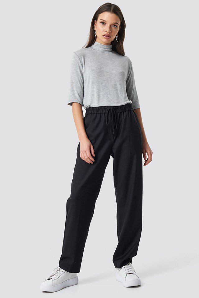 Sita Tee Grey Outfit