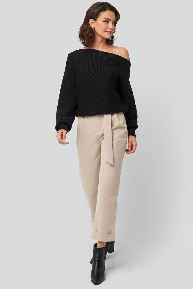 Slanting Shoulder Knitted Sweater Black Outfit