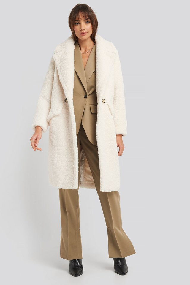 Michela Coat White Outfit
