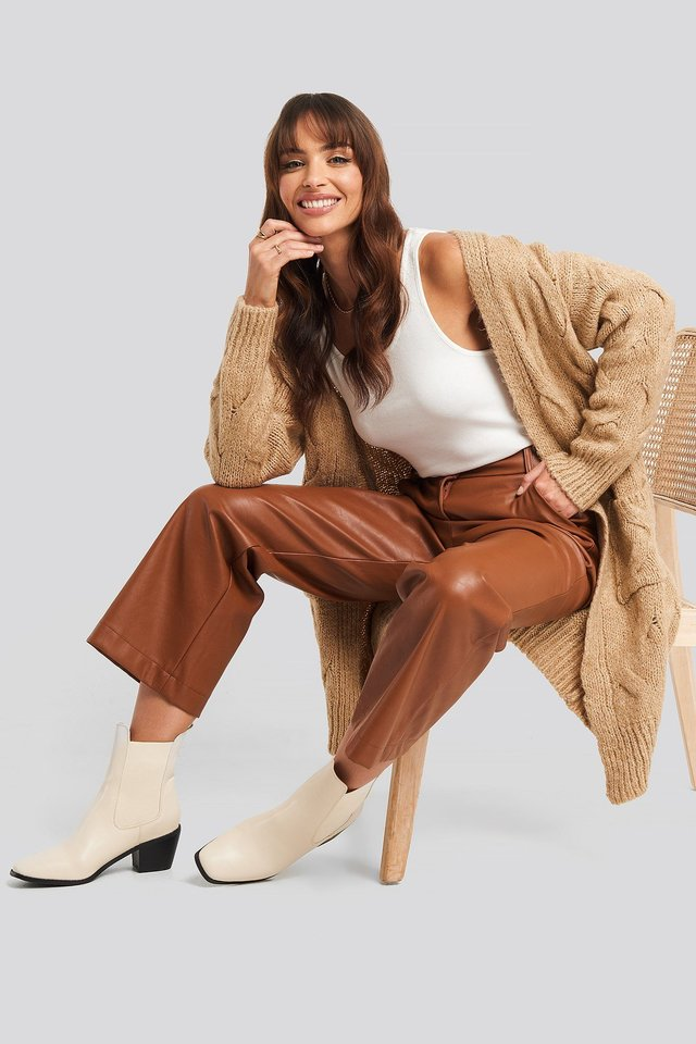 Long Knitted Cardigan Beige Outfit