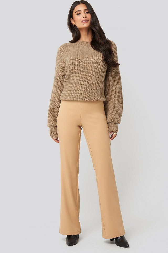 Dropped Shoulder Oversized Knitted Sweater Beige Outfit
