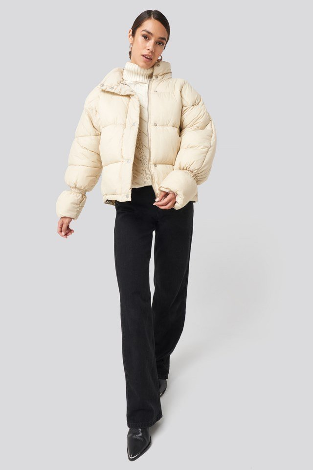 Elastic Detail Puffer Jacket Outfit