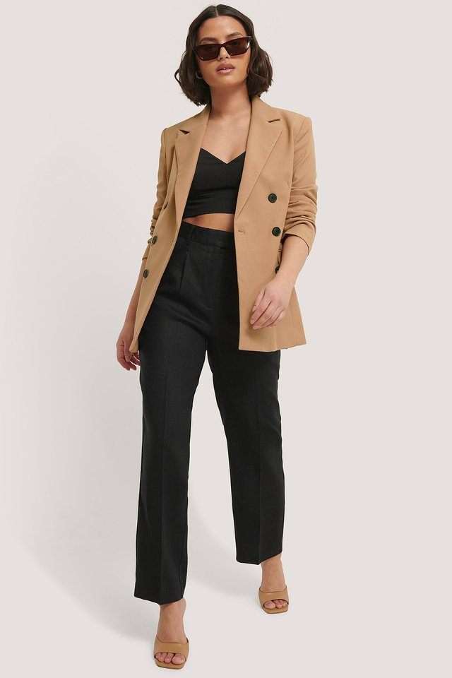 Tailored V-shape Cropped Top