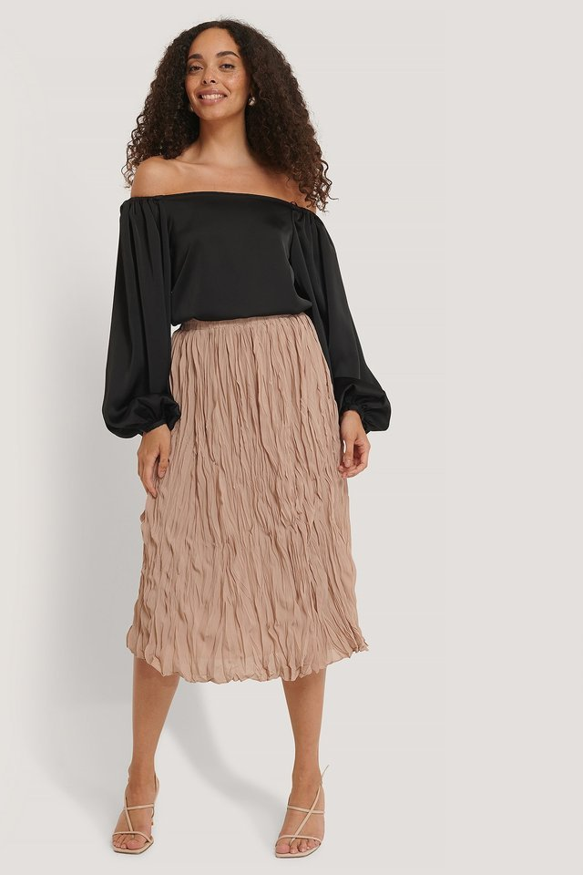 Creased Midi Skirt Outfit