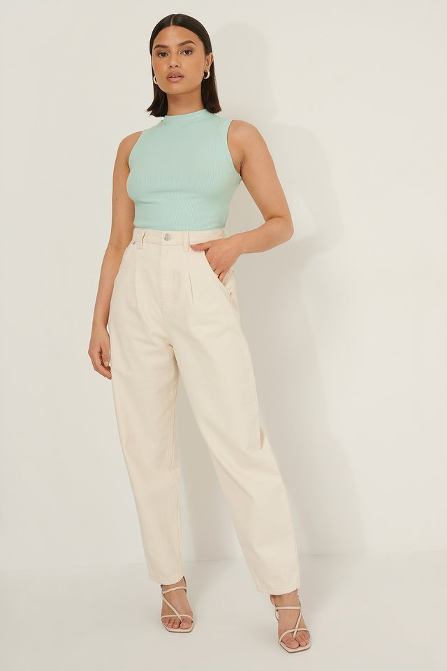 Round Neck Ribbed Top