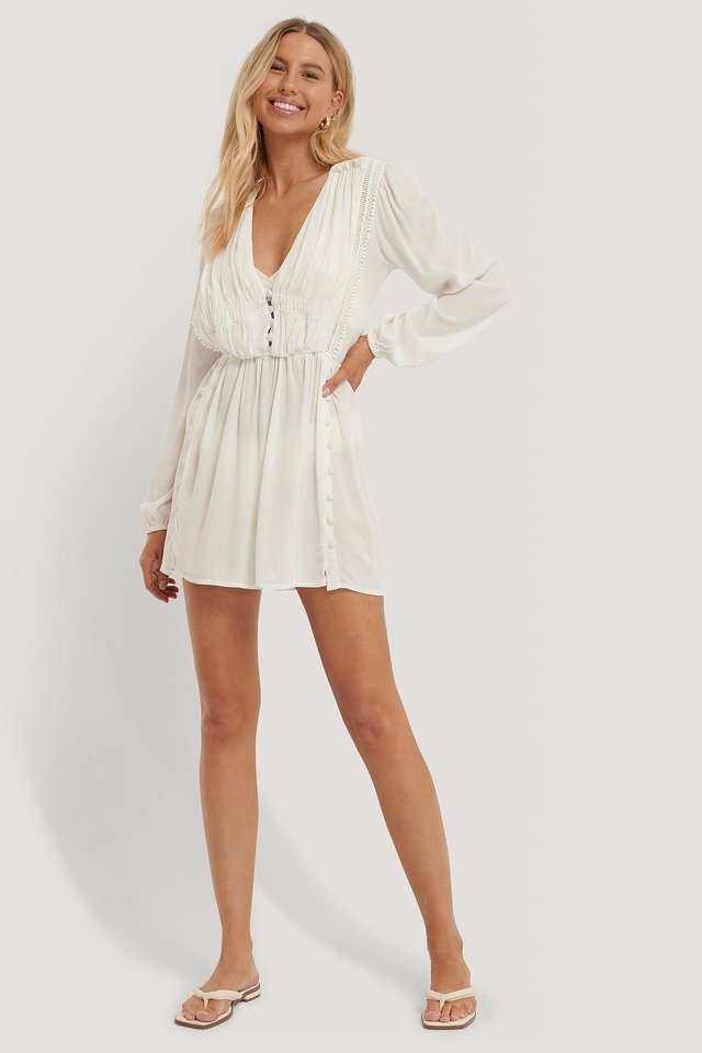 WHITE BUTTON DETAILED MINI DRESS