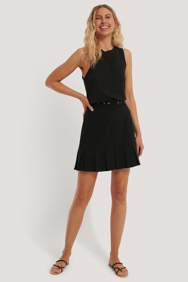 Belted Frill Mini Skirt Outfit