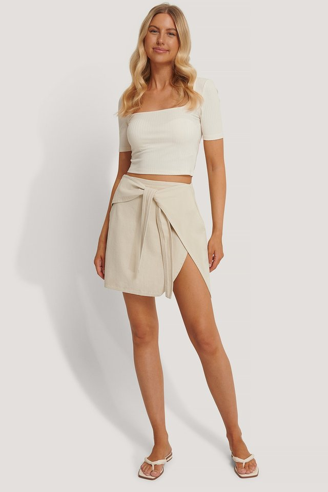 Knot Detail Mini Skirt Outfit