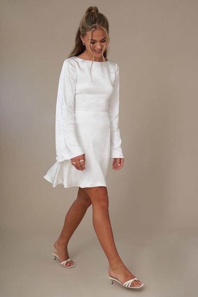 Offwhite Sukienka Wiązana Z Przodu