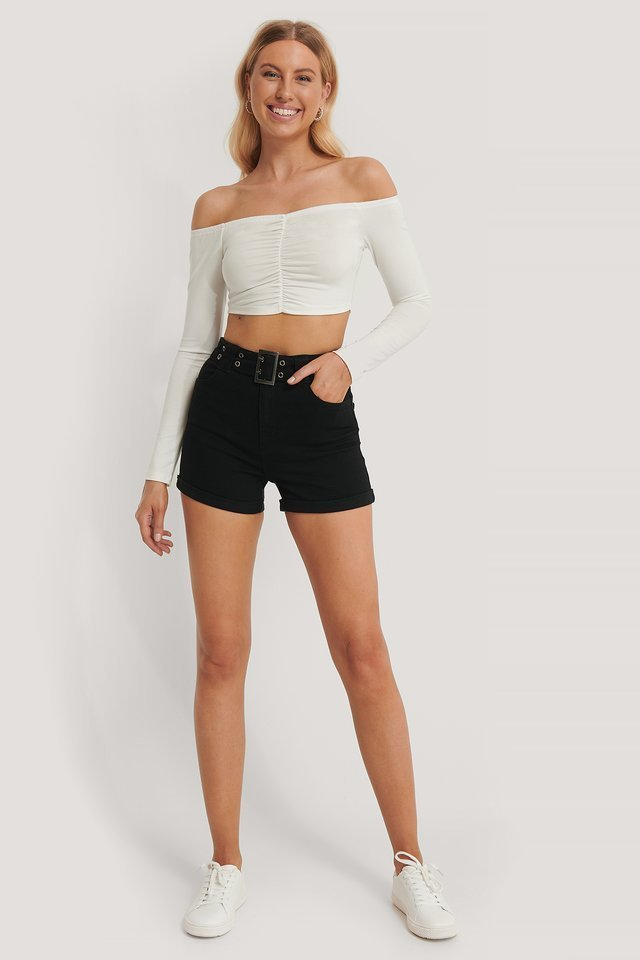 Off Shoulder Cropped Top Outfit
