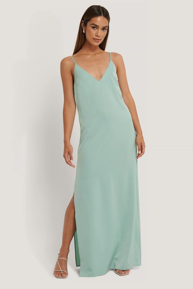 Deep Back Satin Long Dress Outfit