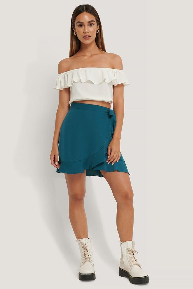 Flounce Overlap Mini Skirt Outfit