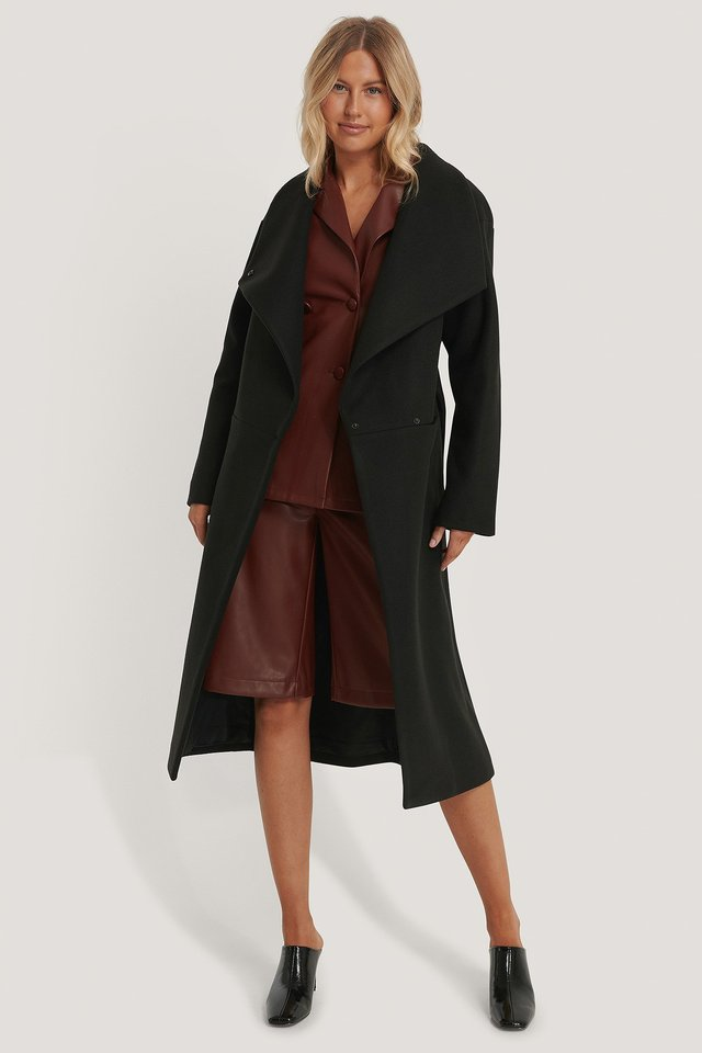 Oversized Big Collar Coat with PU shorts and shirt.