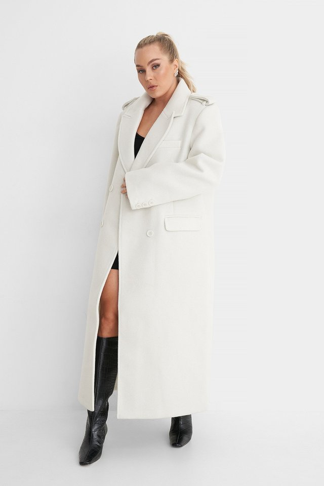 Oversized Double Breasted Coat Outfit.