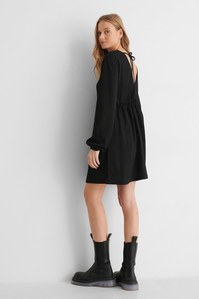 Knot Back Detail Dress Outfit.