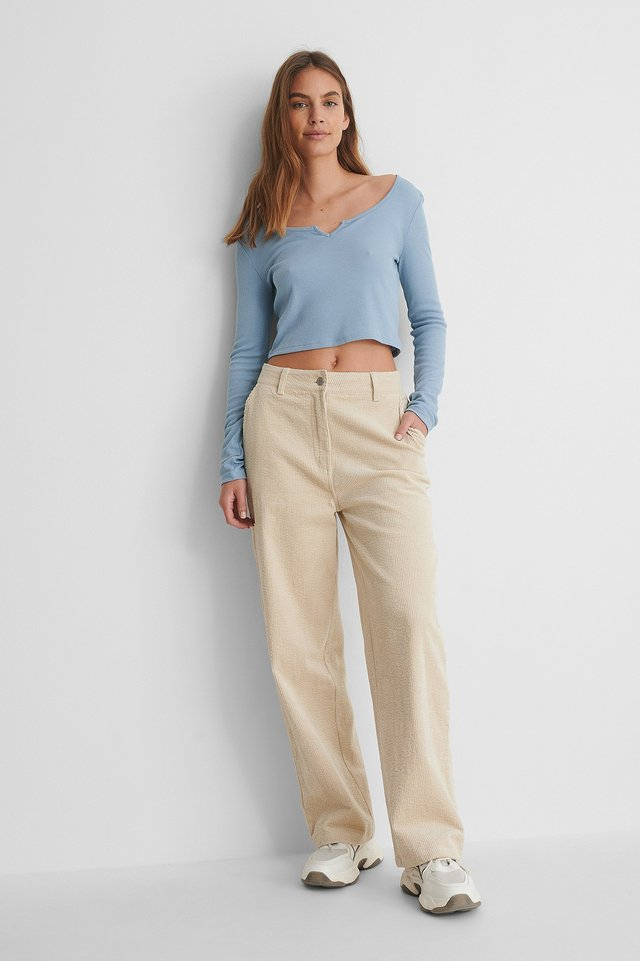 V-Neck Cropped Rib Top Outfit.