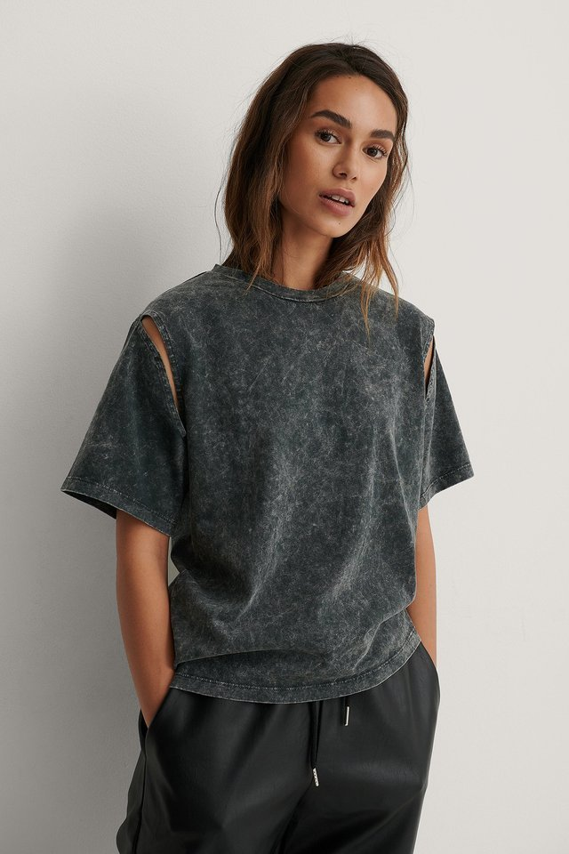 Armhole Cut Detail Oversized Tee Outfit.