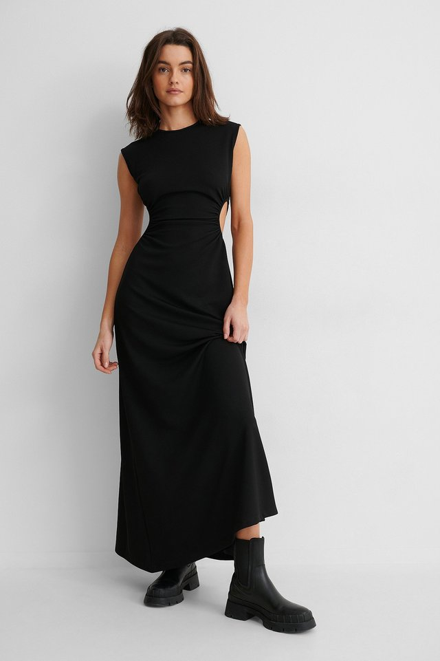 Cut Out Waist Maxi Dress Outfit