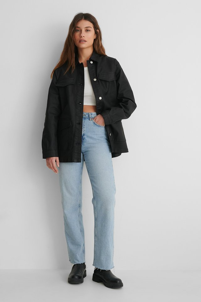 Coated Big Pocket Overshirt with Jeans and a Crop Top.