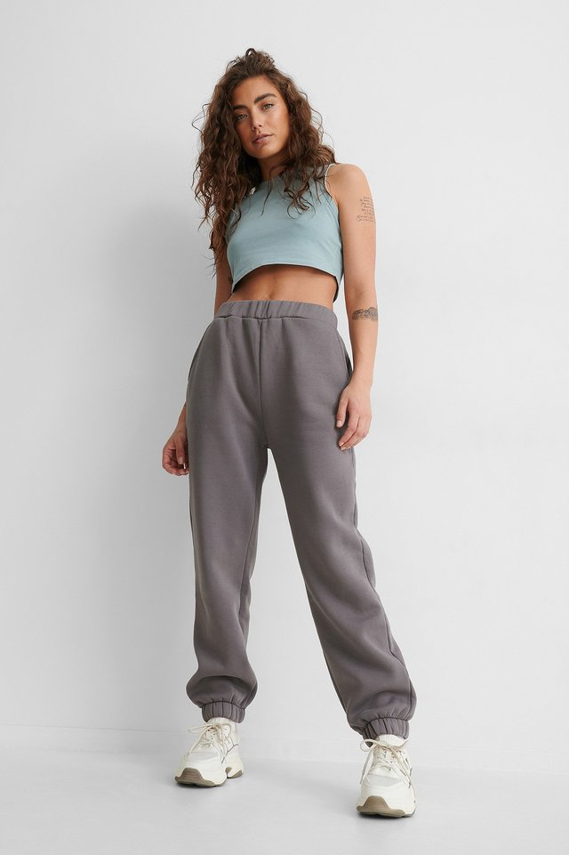 Stone Washed Cropped Singlet Outfit!