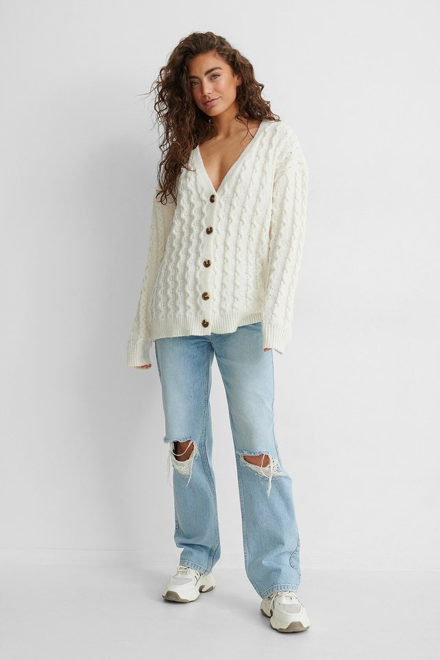 Oversized Knitted Cardigan Outfit!