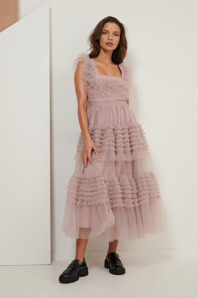 Tulle Dress Outfit.