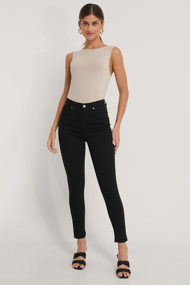 Organic Skinny High Waist Open Hem Jeans Outfit.