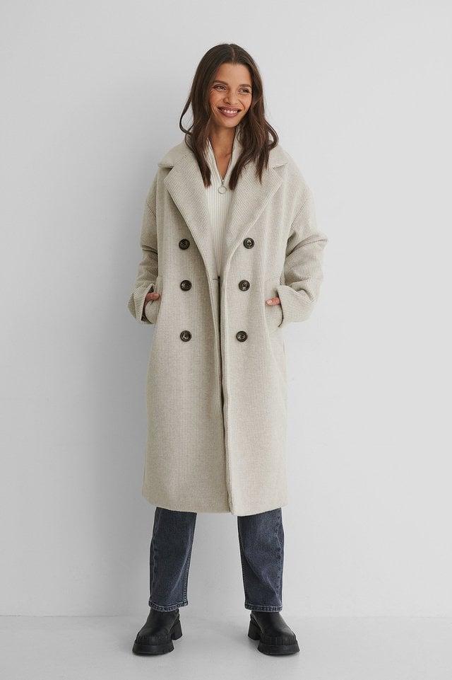 Dropped Shoulder Hairly Coat White.