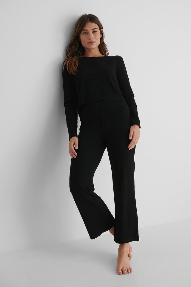 Ribbed Cropped Longsleeve Outfit.
