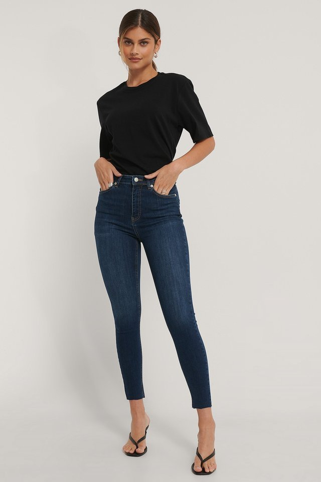 Skinny High Waist Raw Hem Jeans Outfit.