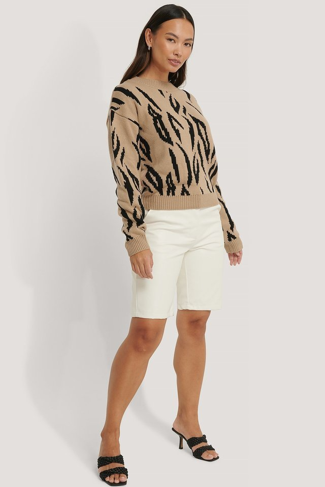 Animal Knitted Round Neck Sweater Outfit.