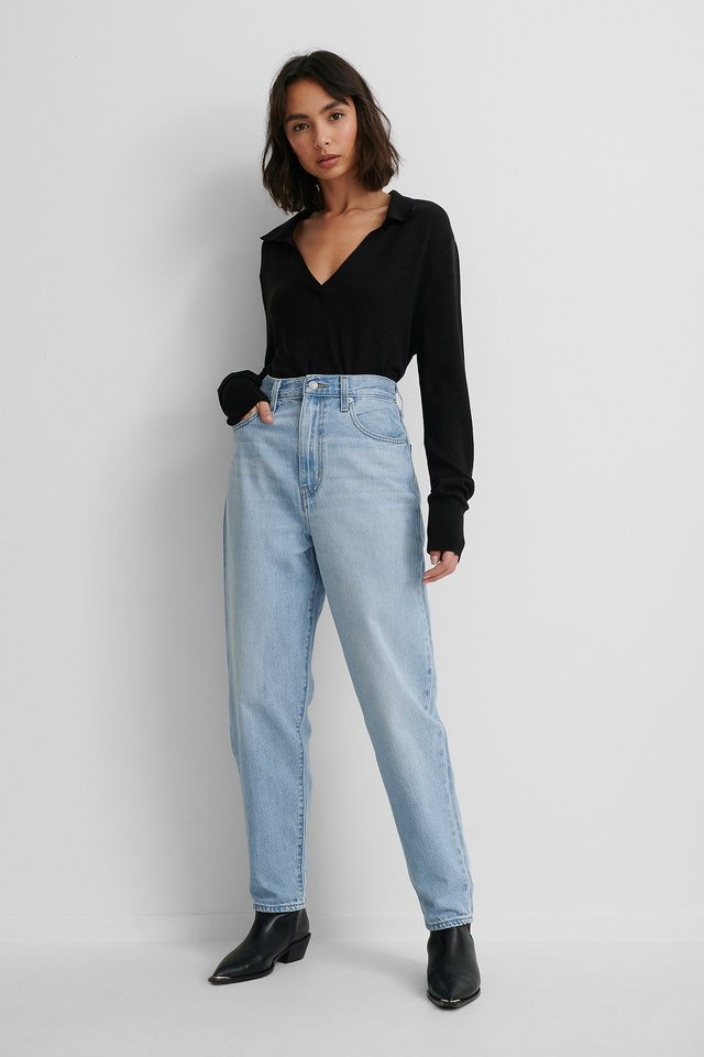 Levis High Loose Taper Jeans Near Sighted with Black Top.