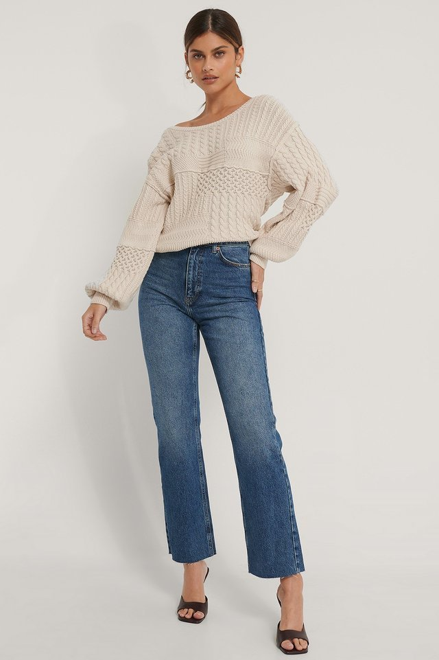 Straight High Waist Raw Hem Jeans Outfit.