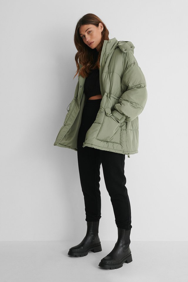 Waist Drawstring Padded Jacket Outfit.