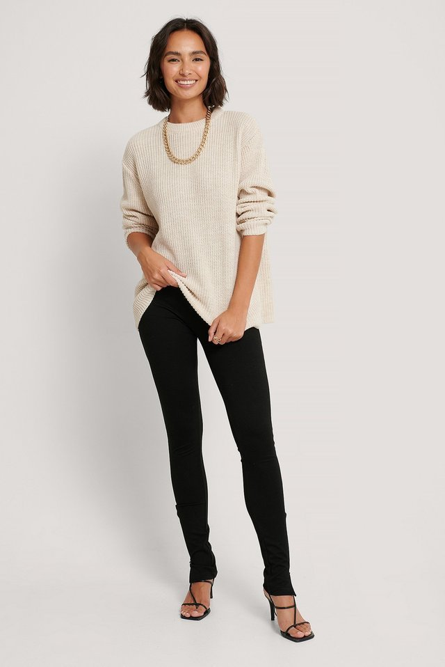 Round Neck Knitted Sweater Outfit.