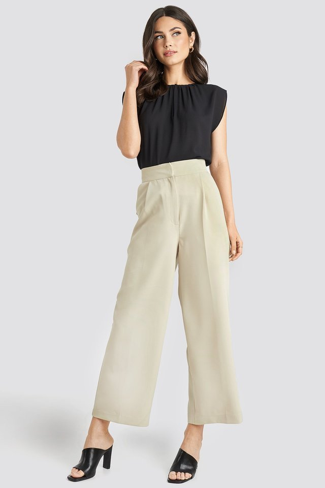 Elastic Detail Wide Pants Outfit.