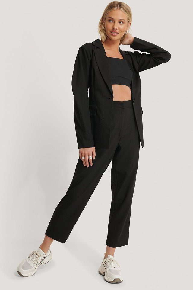 Rounded Shoulder Blazer Black.