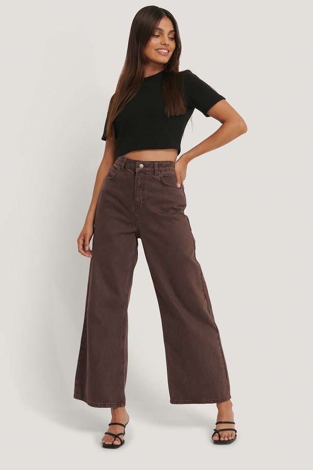 Ribbed Cropped Tee Outfit.