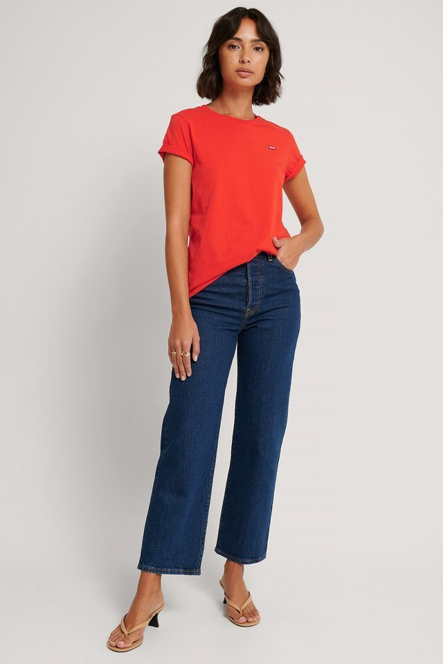 The Perfect Tee Poppy Red Outfit.