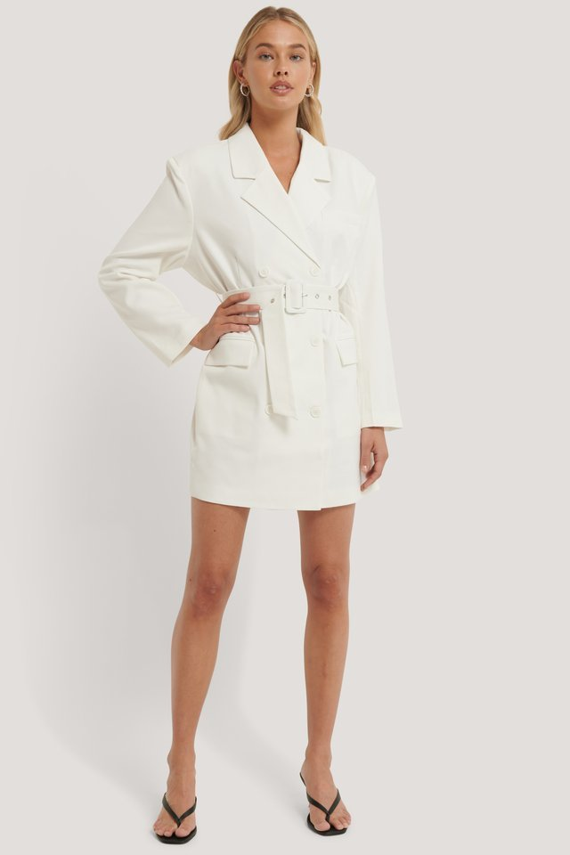 Wide Shoulder Belted Blazer Dress Outfit.