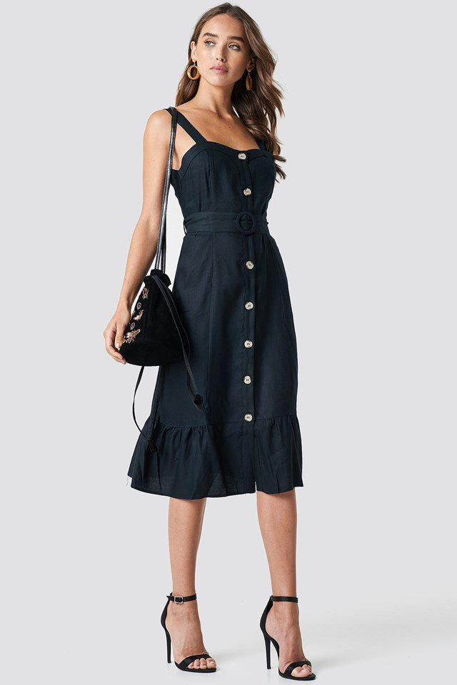 Buttoned Midi Dress Outfit