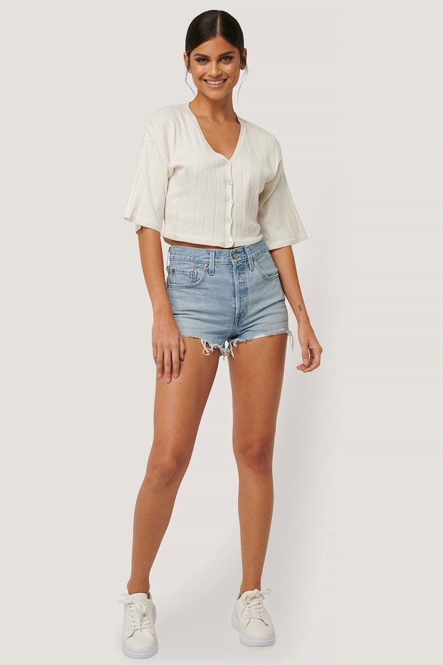501 High Rise Shorts Outfit.