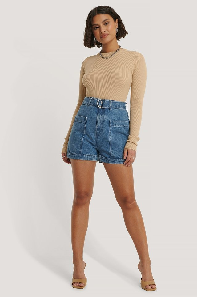 Big Pocket Buckle Shorts Outfit.