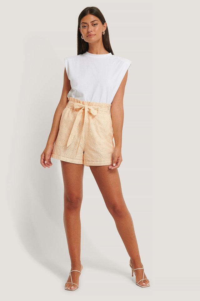Tie Belt Anglaise Shorts Outfit.