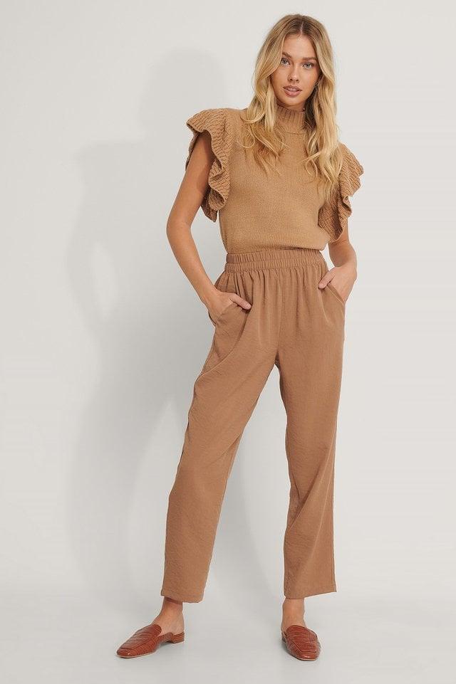 Elastic Waist Pants Outfit.